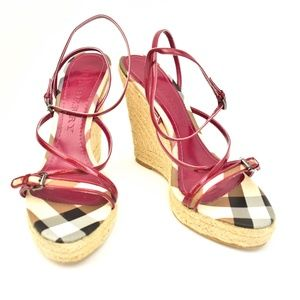 BURBERRY Berry Pink Leather & Nova Check Wedges